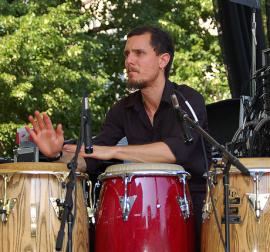 francois drums close